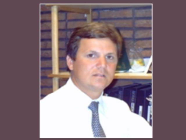 Dr. Álvaro Ferres - Pte. AUPCIN,  Uruguay